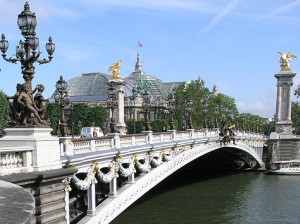 Pont_Alexandre_III_most_beautiful_bridge_in_paris