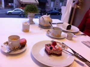 tea_at_dalloyau_paris